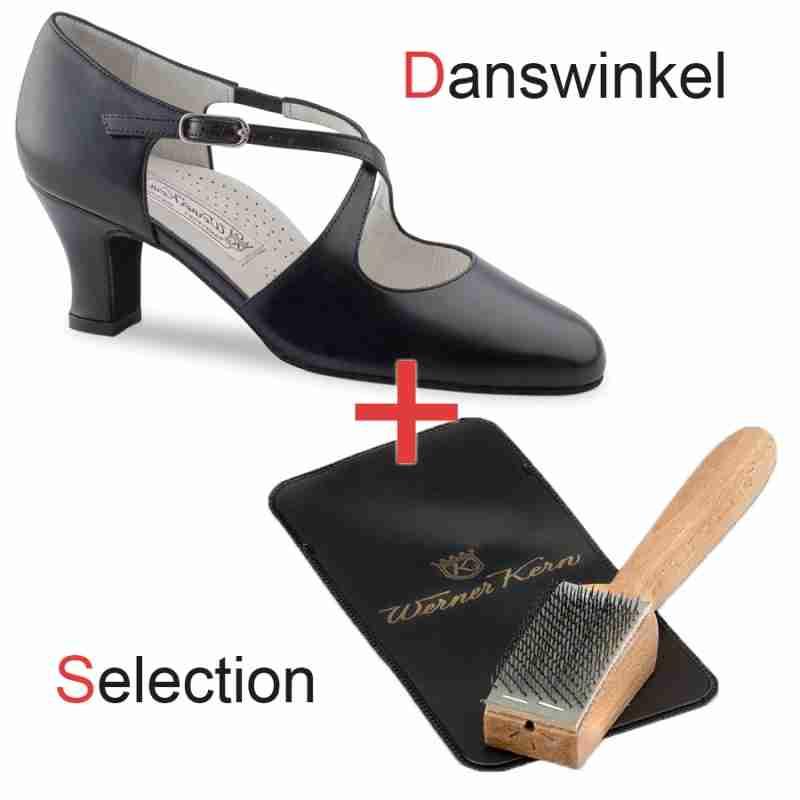 Werner Kern Gilian Danswinkel Selection met dansschoenen borstel