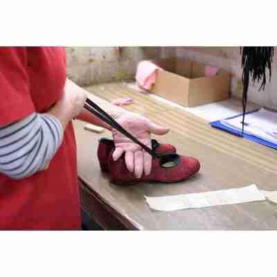 Katz rode glitter tapschoen met 2 cm hak en veter strik sluiting