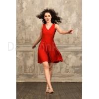 StudioMoscow Rode dansjurk met diepe v-hals