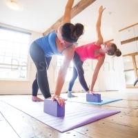 ToeSox Yoga Brick voorbeeld
