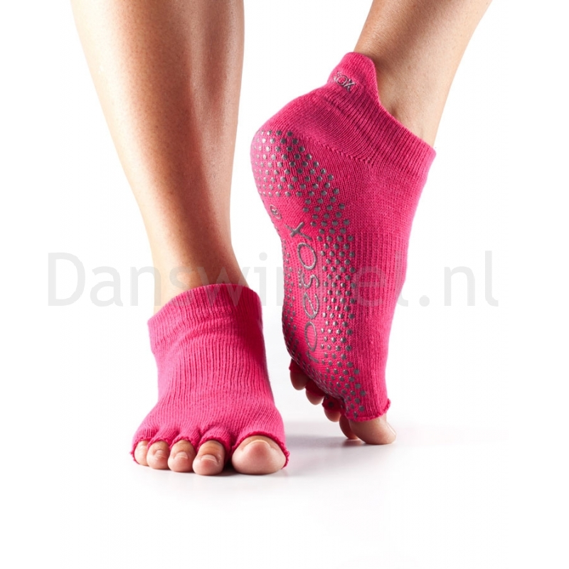 ToeSox Half Toe Low Rise Antislip Sokken met Open Teen Fuchsia