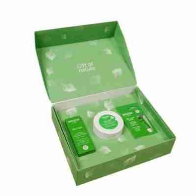 Weleda Skin Food body butter skin food original en skin food lip balm box 480